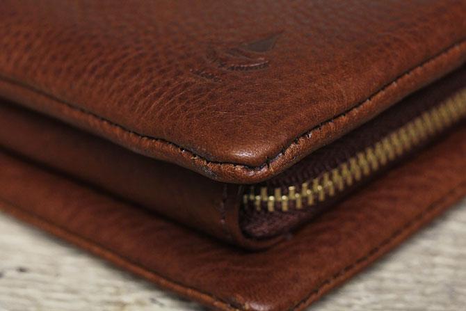 二つ折り財布 メンズ ミネルバボックス 本革 バギーポート lzys 8001 角部分