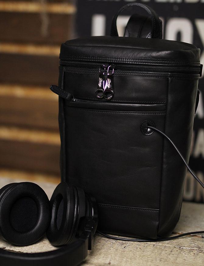 馬革 ボディバッグ 縦型 メンズ オイルホースレザー Pray prbb302 B5 イメージ画像