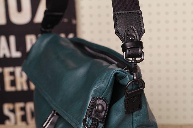 馬革 2way ショルダーバッグ メンズ オイルホースレザー Pray プレイ prshd301 A4 口折れ時ショルダーベルト接続部