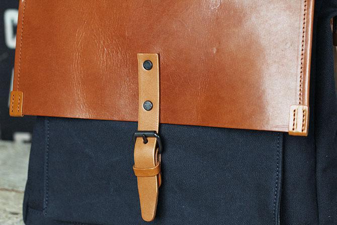 メンズ リュックサック 6号帆布×オイルバケッタ革 バギーポート tepp 460 ネイビーバージョン ネイビー素材感