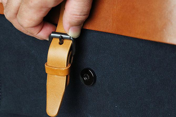 メンズ リュックサック 6号帆布×オイルバケッタ革 バギーポート tepp 460 ネイビーバージョン かぶせマグネットボタン