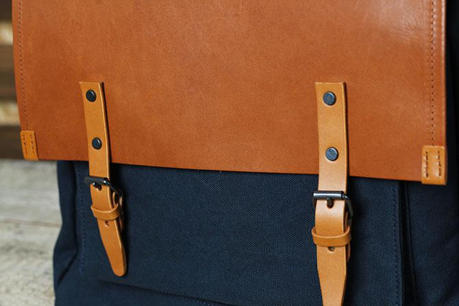 メンズ リュックサック 6号帆布×オイルバケッタ革 バギーポート tepp 461 A4 ネイビー素材感
