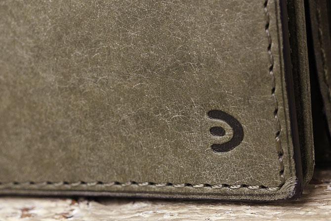 レザー 二つ折り財布 イタリアンレザー zys 2402 バギーポート刻印