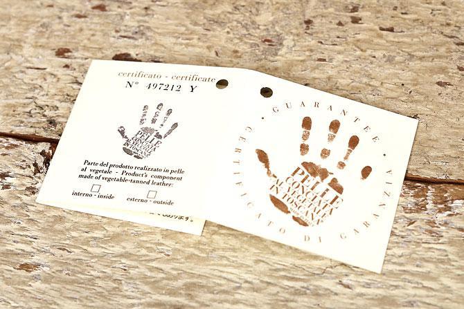 レザー 二つ折り財布 イタリアンレザー zys 2402 保証書