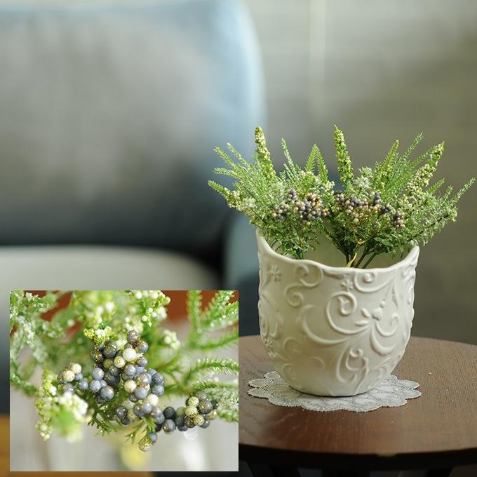 冬の造花 フロストベリーリーフミックスバンチ  造花 インテリア フラワー 室内 人工花 観葉植物 イミテーション 花束 オフィス 事務所 カフェ 飾り 華やか