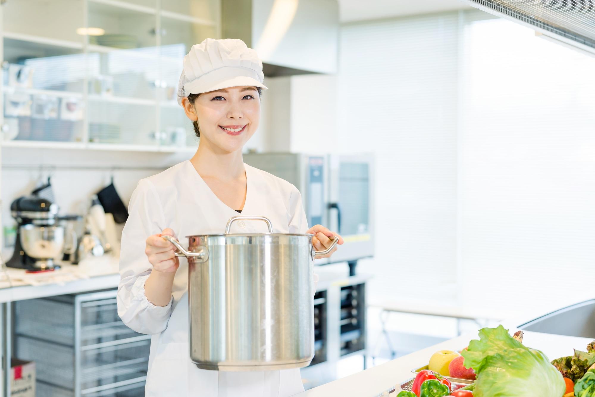 給食センターで必要な厨房機器