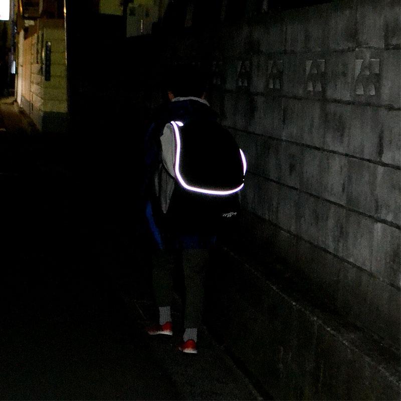 BUDO WING 剣道防具リュックの少年用ができました。反射テープがとてもよく光り、夜道の安全性を高めます。