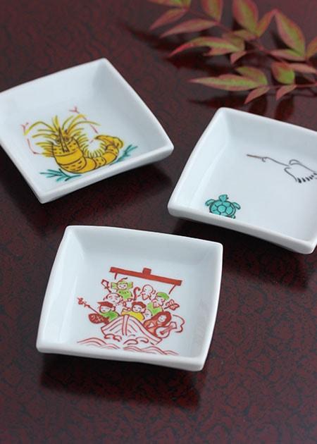 角小皿(縁起物)