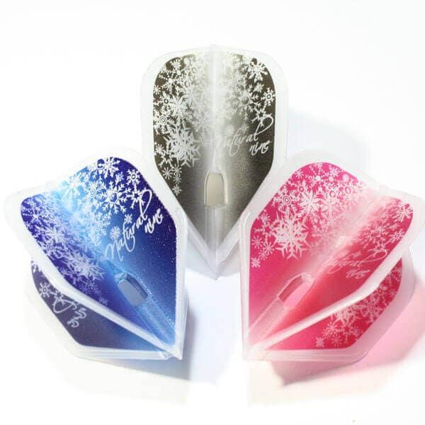 3色の雪の結晶がオシャレなダーツフライト
