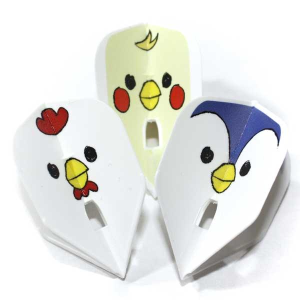 手書きのペンギン、ニワトリ、ヒヨコの顔がシュールで可愛いダーツフライト