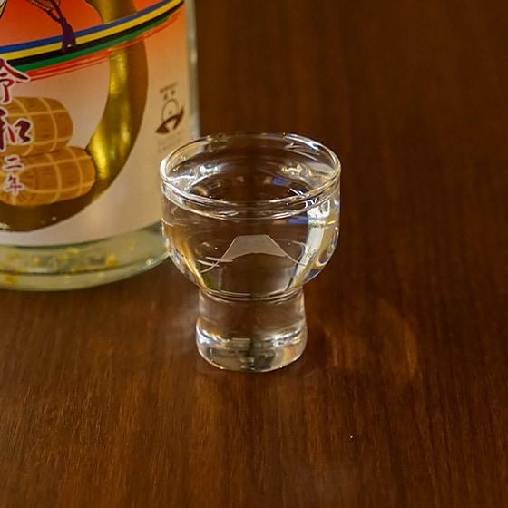 富士山と松の切子杯グラス