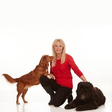 ニーナ・オットソンと犬達