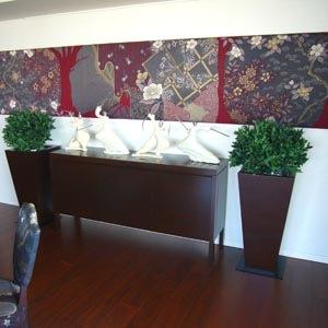 フェイクグリーンのある空間の事例 月桂樹