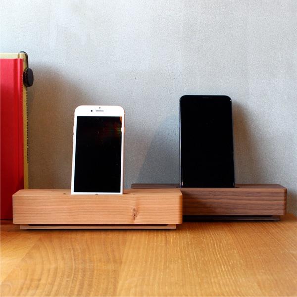 「Wooden Speaker Brick」重厚感あふれるシンプルな木製スピーカースタンド