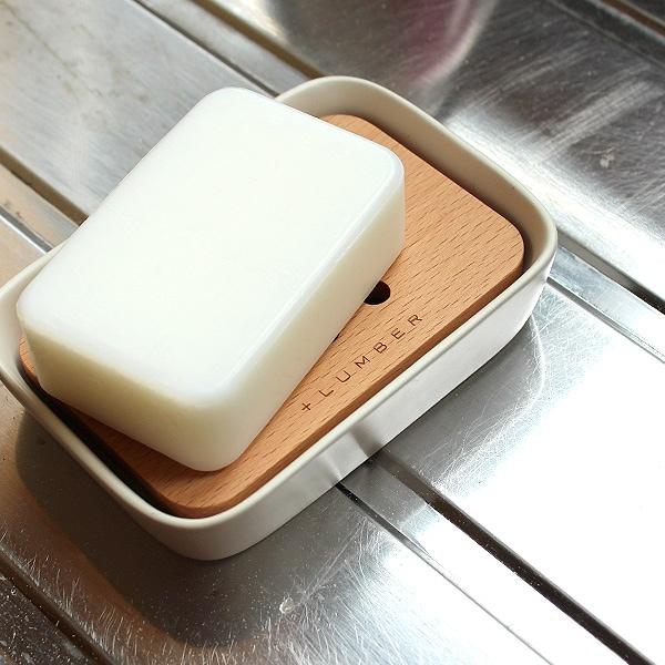 木の魅力を引き立てるセラミック製の石鹸置き・ソープディッシュ
