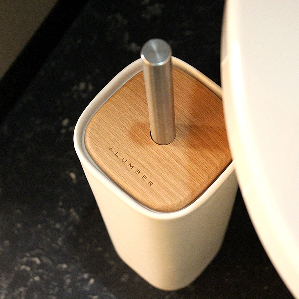木と陶器を組み合せたトイレブラシ
