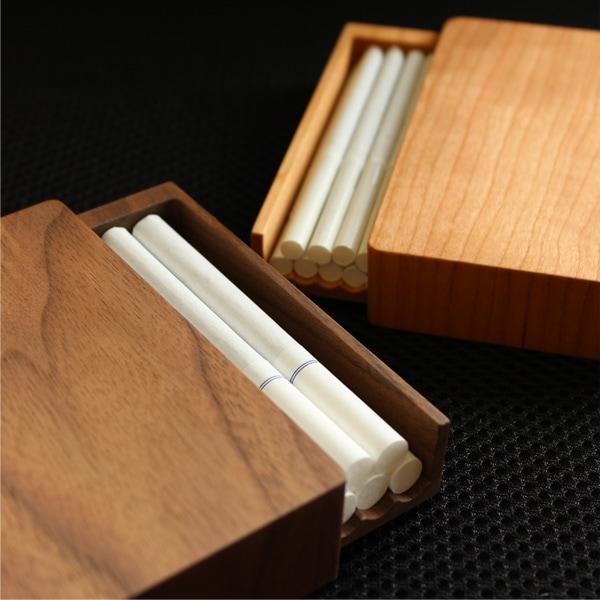 キングサイズのタバコに対応したレギュラータイプと、極細のタバコに対応したスリムタイプ