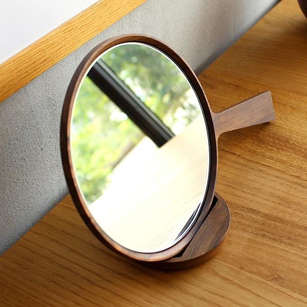 インテリアとして置いてもおしゃれなデザイン、部屋の雰囲気をより惹き立てます。