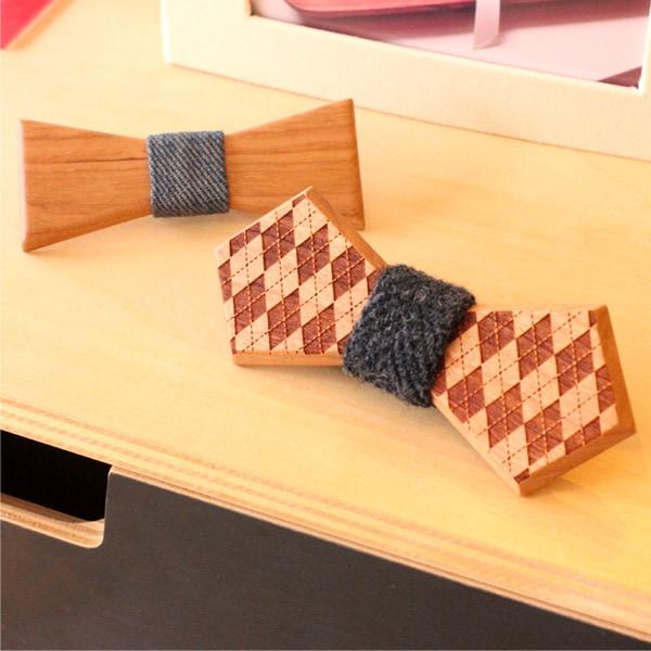 レーザー加工により模様を刻印したおしゃれな木製蝶ネクタイ