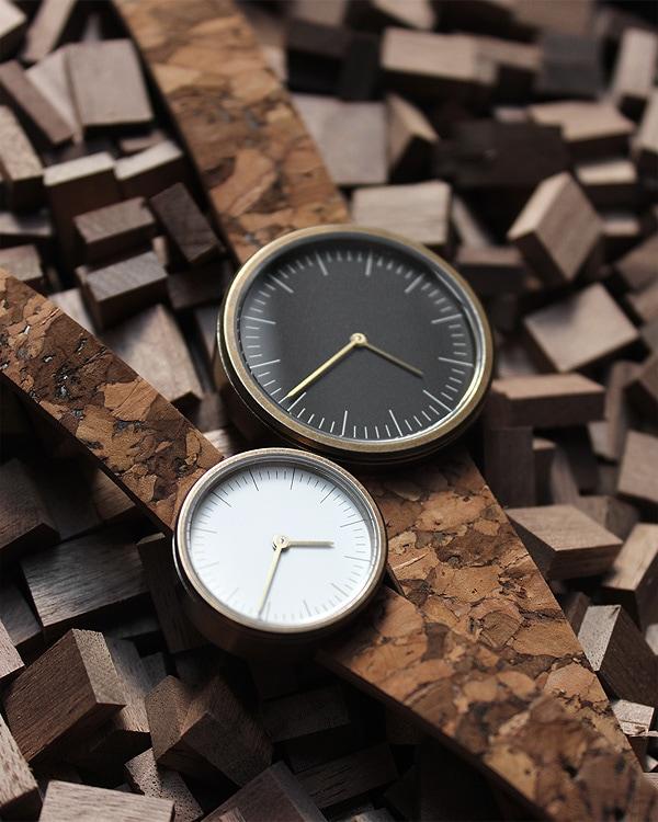 シンプルデザインでおしゃれな腕時計
