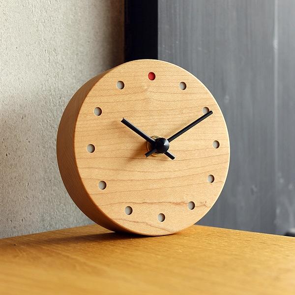 時とともに風合い増す木の置時計・壁掛け時計「Wall Clock Mini」