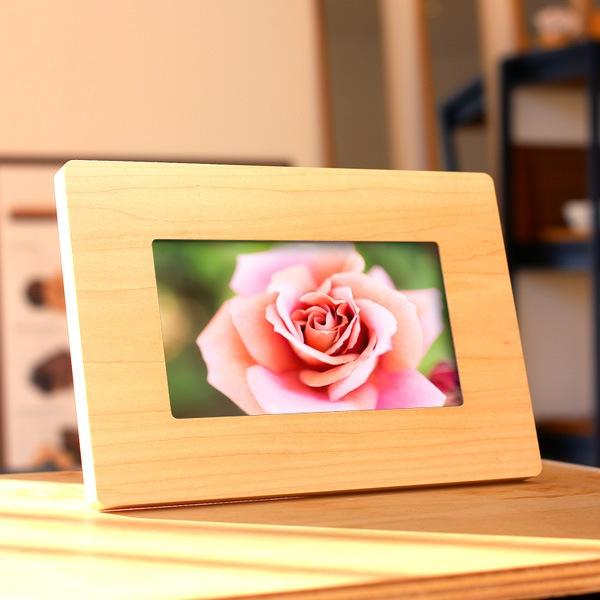 想い出の写真と共に贈る記念品