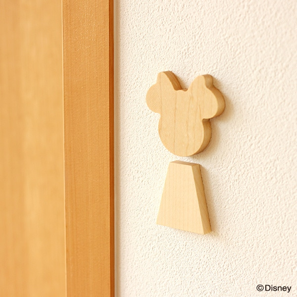 ミニーをモチーフにしたサインは女の子のお部屋などにピッタリです。