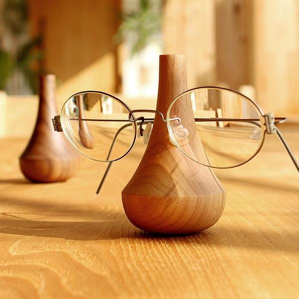 大切な眼鏡をおしゃれなインテリアに出来るメガネスタンド