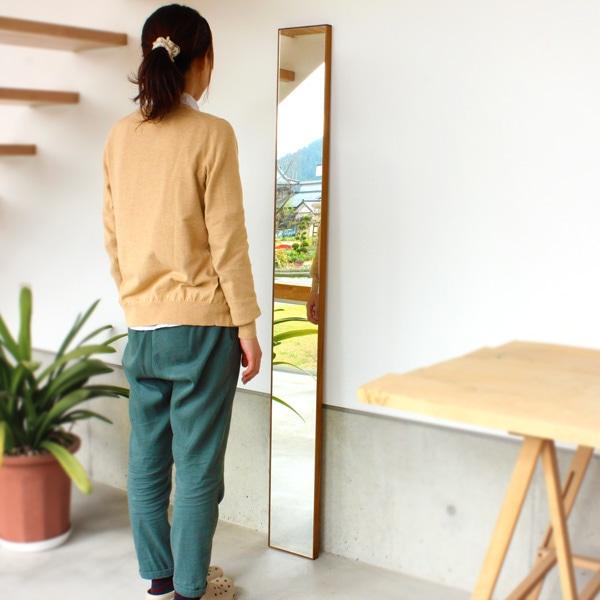 卓上・壁掛け対応、木製フレームの鏡・姿見