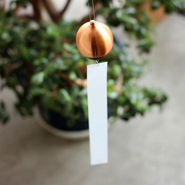 日本人に馴染みのある音色を奏でる能作が作る風鈴