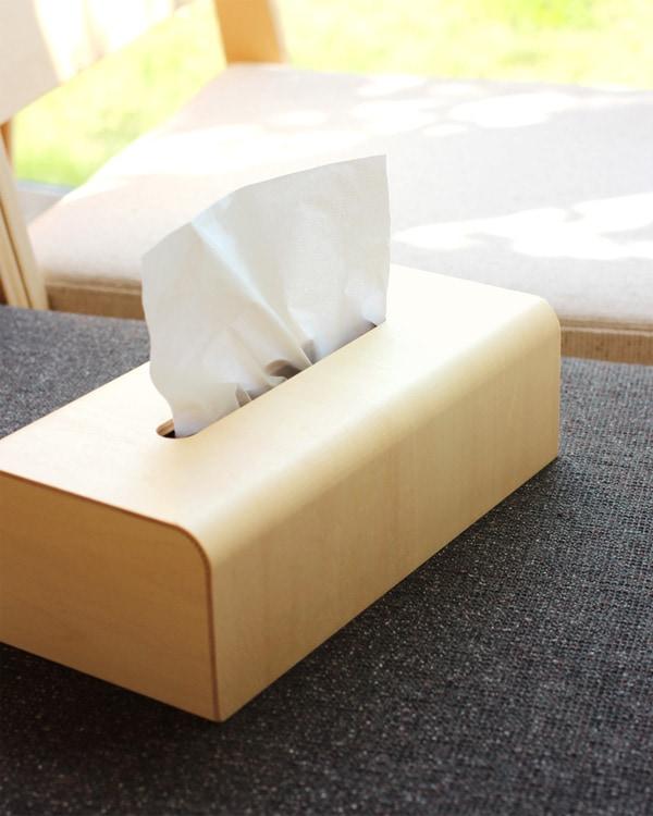 インテリアに馴染む木製ティッシュボックス
