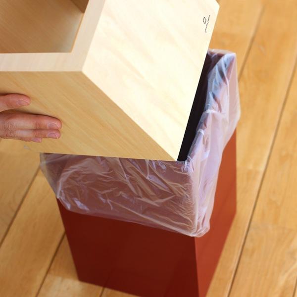 インテリアに合うシンプルな木製ゴミ箱