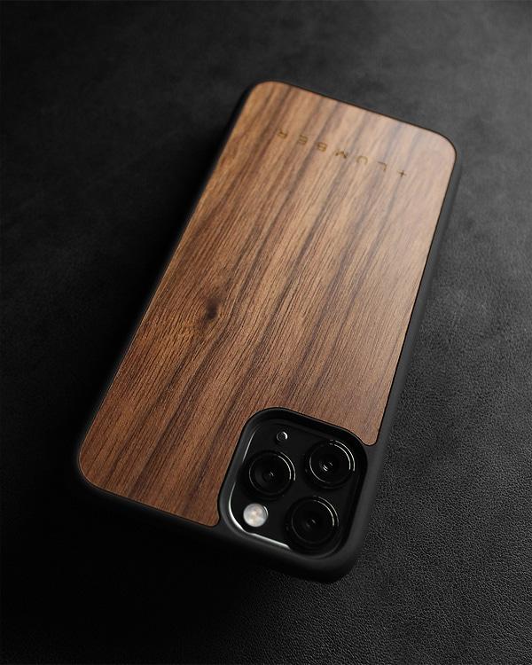 丈夫なハードケースと天然木を融合したiPhone 11 Pro専用木製ケース