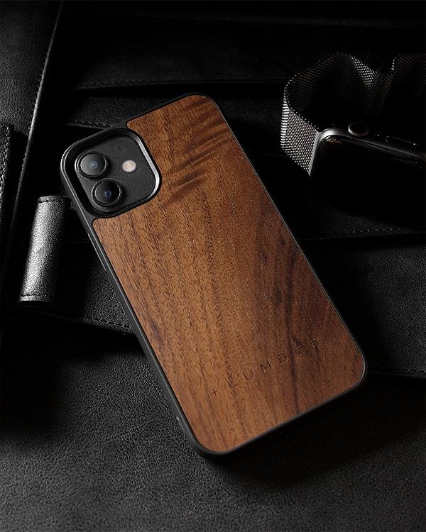 ハードケースと天然木を融合したiPhone 12mini専用木製ケース