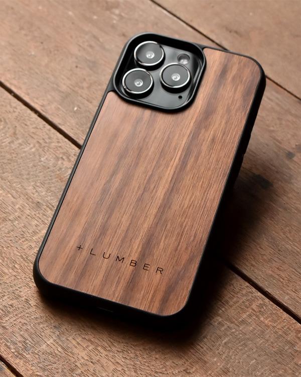 ハードケースと天然木を融合したiPhone 13Pro専用木製ケース