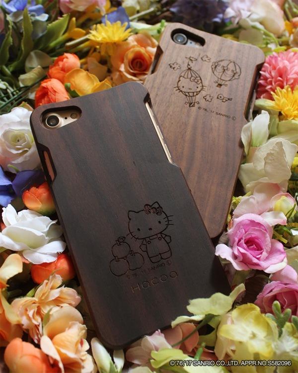 ハローキティの刻印がかわいいiPhone7用木製ケース