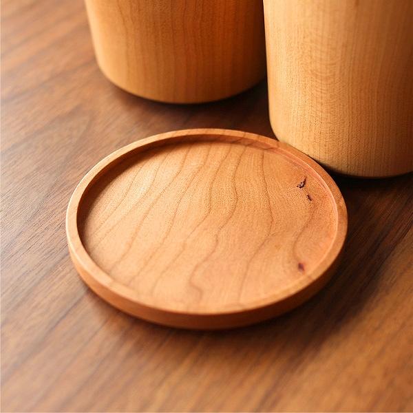無垢材を使用した木製コースター「Coaster Round」