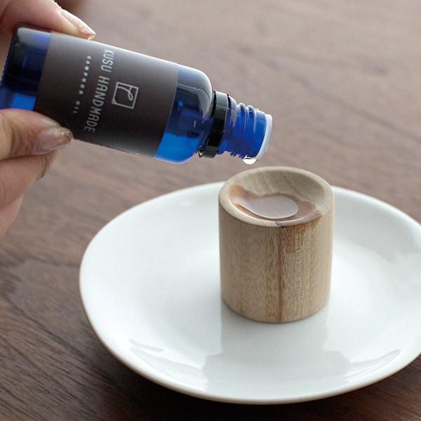 自然の香りでリラックス。木製アロマポット