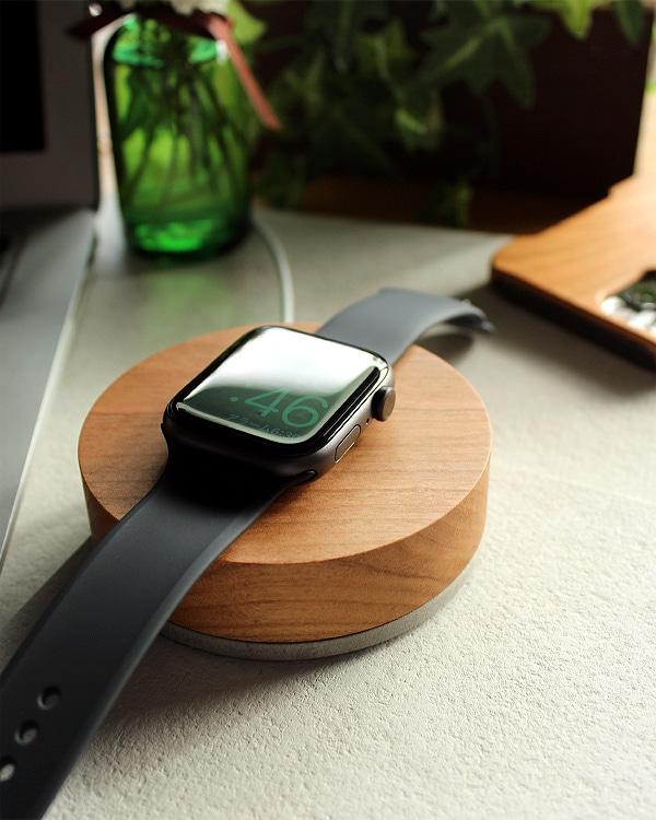 アップルウォッチ充電スタンド「Apple Watch Charging Dock-Flat」