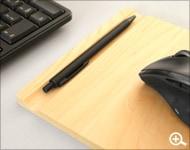 Hacoaブランド、ゆったりサイズのかわいい木製マウスパッド