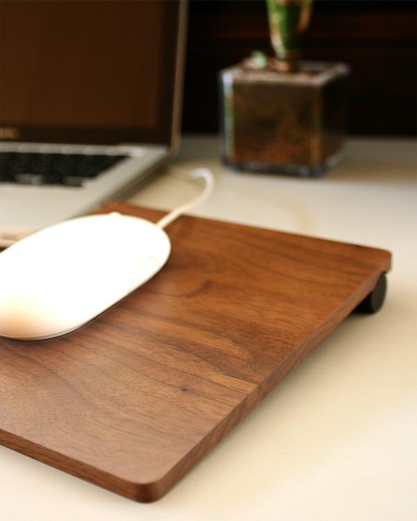 Hacoaブランド、ゆったりサイズのおしゃれな木製マウスパッド