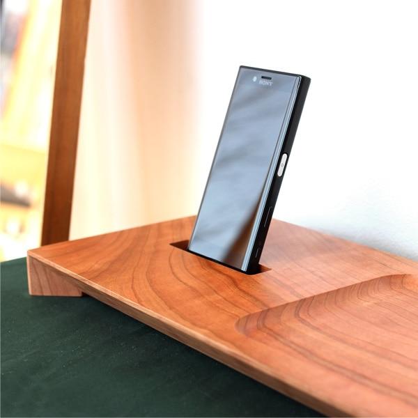 Xperia X Compactに対応した木製スマートフォンスタンド
