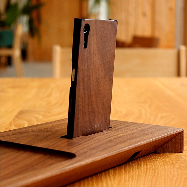 +LUMBERブランドのXperia XZ専用木製ケースにも対応