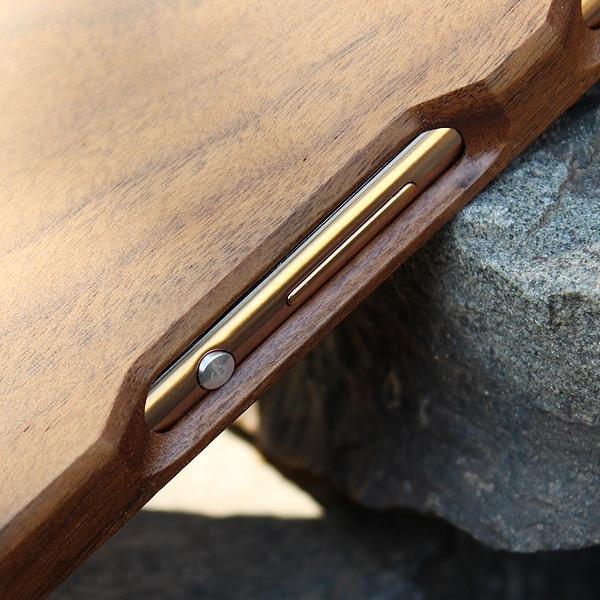 木製スマートフォン Xperia Z4用 ウォールナット