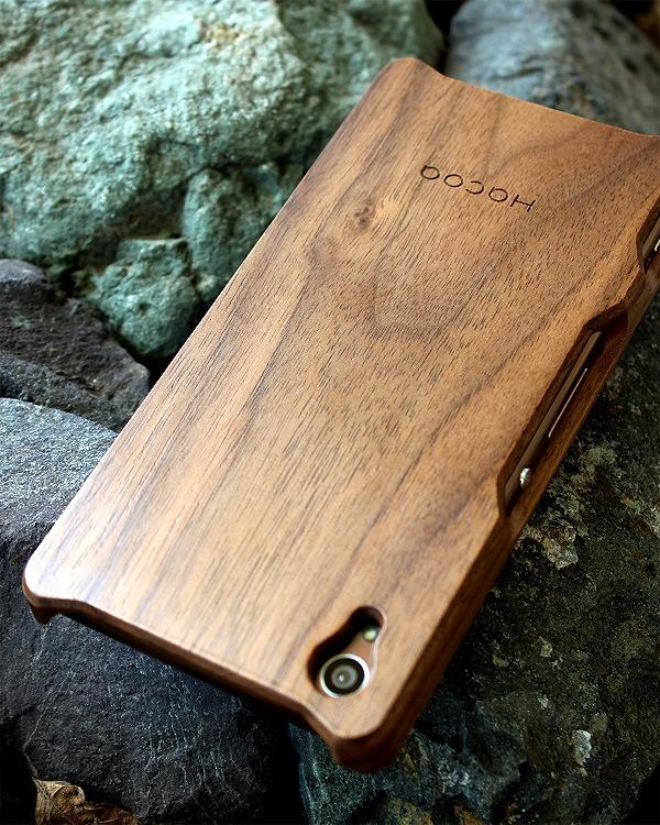 手作り感を活かした無垢の木製スマートフォンケース Xperia Z4