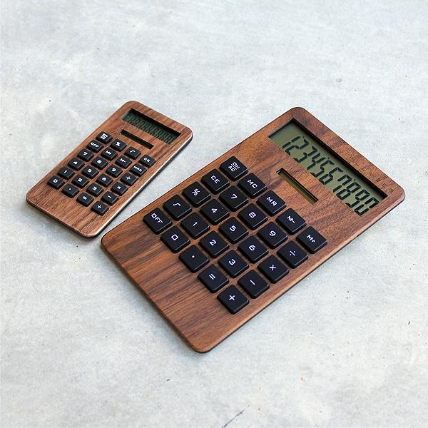 10桁表示の大きいデスクタイプ型ソーラー電卓「SOLAR POWERED CALCULATOR WIDE 2」