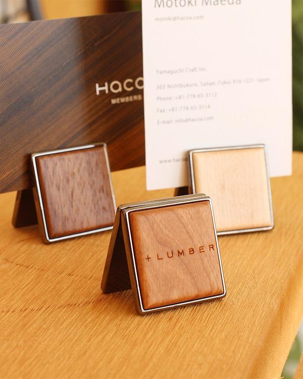銘木の美しさをプラスしたクリップ式の木製カードスタンド「CARD STAND」