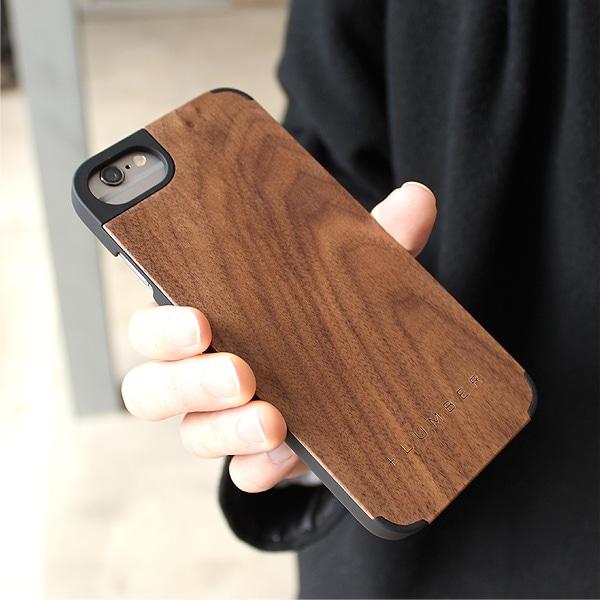 手触り良い塗装を施した木製アイフォン6ケースは適度なグリップ感