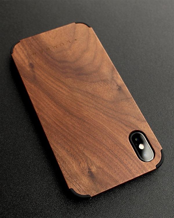 丈夫なハードケースと天然木を融合したiPhoneX専用木製ケース