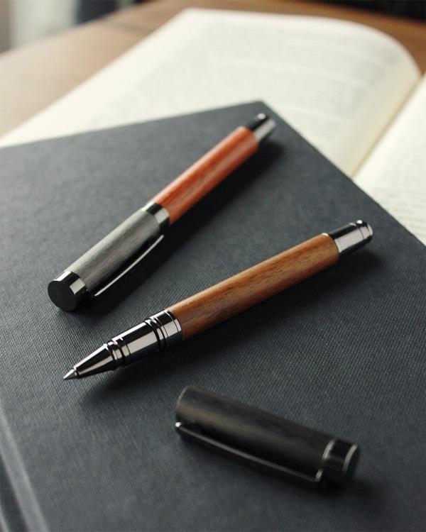 【名入れ可能】丸型の木製ボールペン「ROUND BODY BALLPOINT PEN 0.5mm」